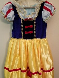 Other - Snow white costume size 7/8